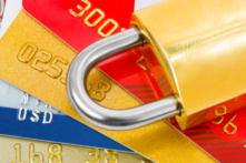 クレジットカードには必ず盗難保険が付帯!その内容をチェック