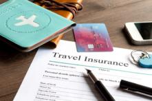デビットカード付帯保険はクレジットより弱い。必要なら別に契約
