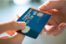 即日発行クレジットカードは海外旅行に便利。事前登録で更に早く