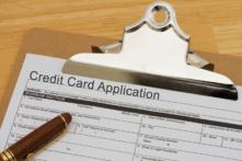 カード会社はクレジットカードの審査に通らない理由を知らせない
