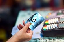 クレジットカード払いのメリットとデメリット・注意点を解説!
